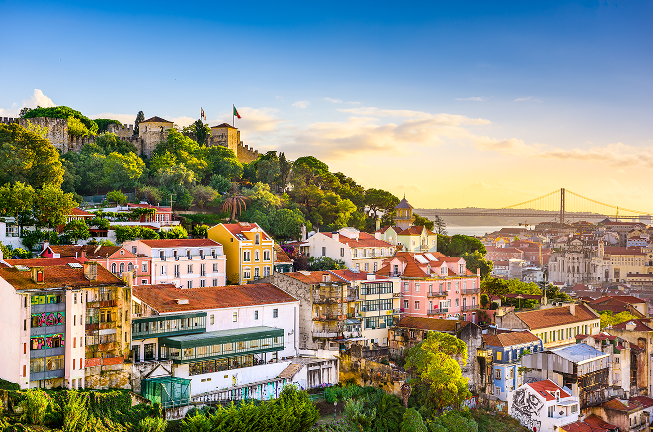 Come and enjoy the wonders of Lisbon